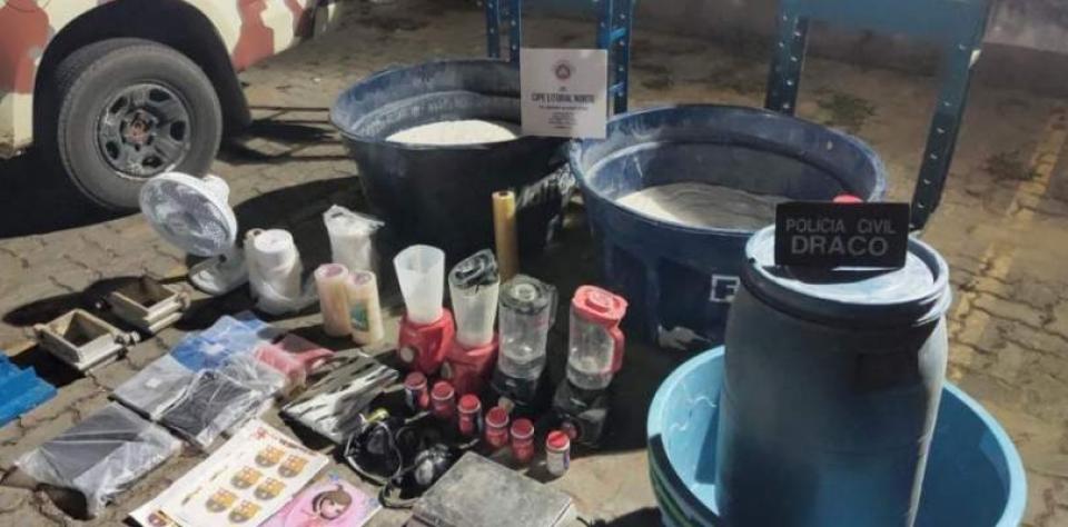 Laboratório clandestino é desmontado e 500 kg de cocaína são apreendidos em Feira de Santana