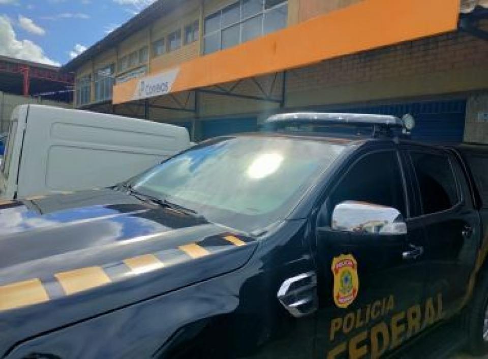 PF cumpre mandados de busca e apreensão em agência dos Correios em Salvador