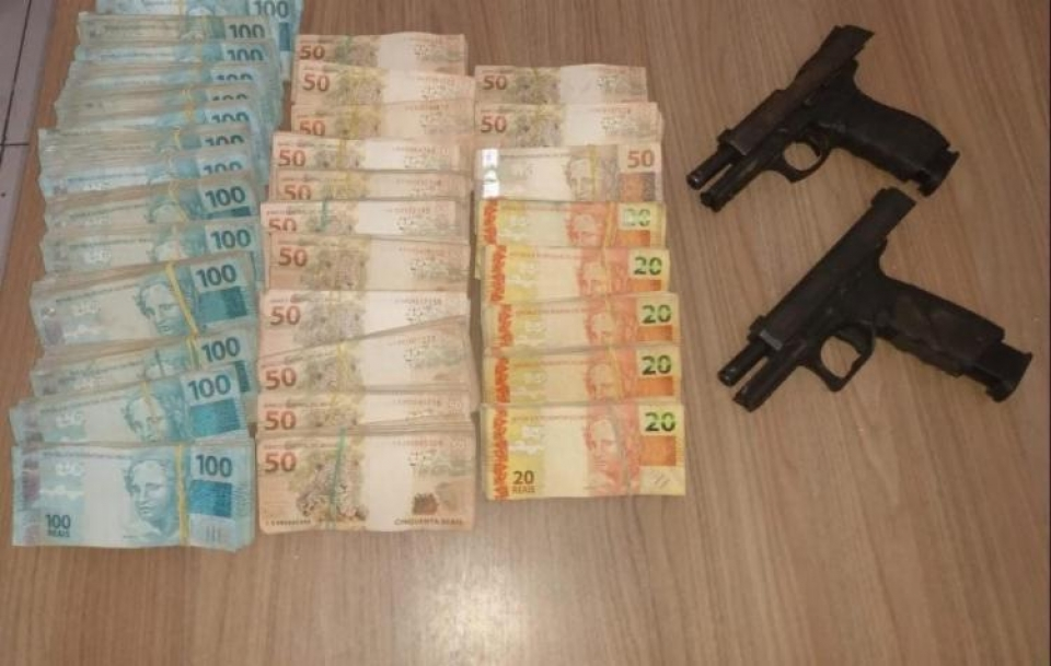 Suspeitos de roubo a banco são mortos em confronto com a PM na Bahia