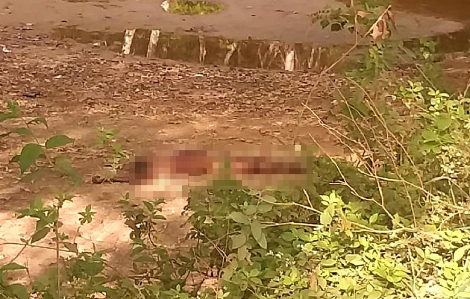 Homem é assassinado a facadas no Bairro Marotinho em Itamaraju: Corpo segue sem identificação no IML