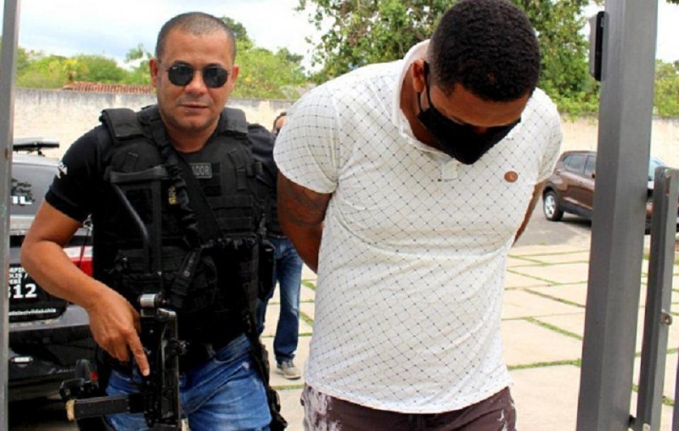 Itapebi:Homem é preso após agredir mulher com garrafa quebrada em bar